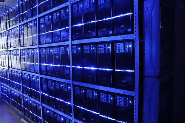 virtualizzazione server_data_center-blu